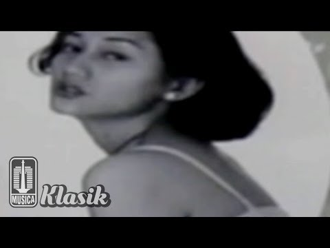 Nike Ardilla - Sanggupkah Aku (Karaoke Video)