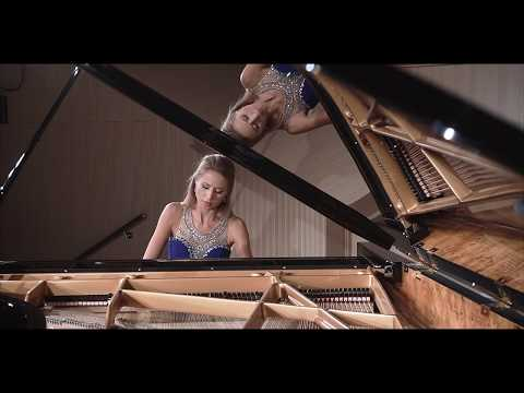 Johannes Brahms Intermezzo in A major Op. 118 No 2 played by Anna Lipiak