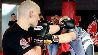 Seminarium z Tomaszem Sararą w Fight Academy Ostrołęka