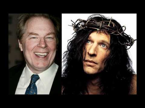 Howard Stern Discusses Michael McKean impression on SNL