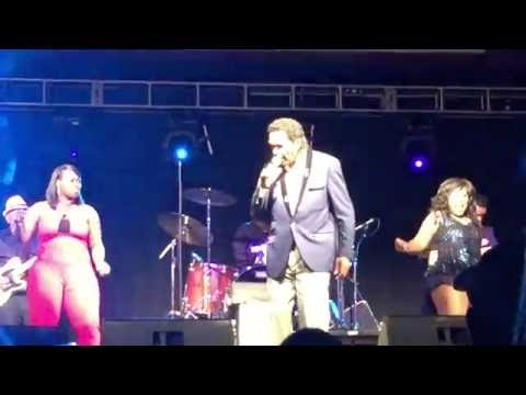 Bobby Rush 6-3-16 Harlow's Casino Greenville, MS
