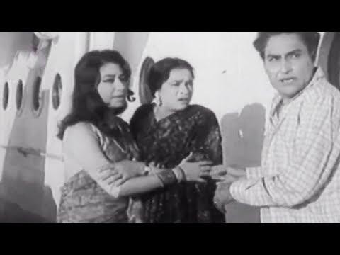 Ashok Kumar Chase The Villian, Aadhi Raat Ke Baad - Scene 16/16