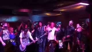 "GENE SIMMONS JOHNNY DEPP ""ROCK AND ROLL ALL NITE"" MUSIC ON A MISSION LUCKY STRIKE  8/16/2015"