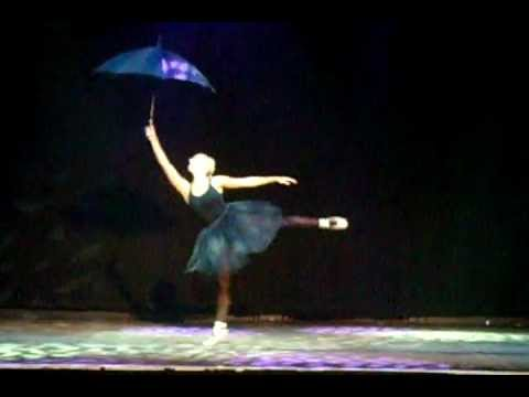 Singing In The Rain/Umbrella Mash Up! (Dance Routine)