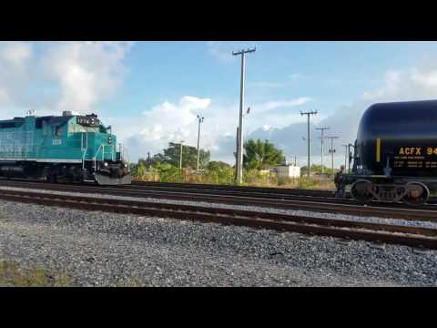 Port of Palm Beach switcher getting his cut for the day.