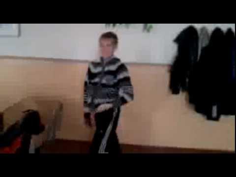 Видео казарма утренни стояк у парней 6 фотография