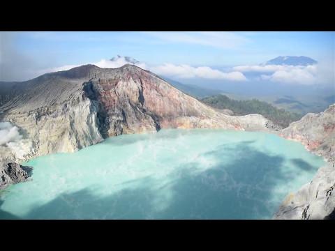 puncak-gunung-kawah-ijen-bondosowo-banyuwangi-jawa-timur