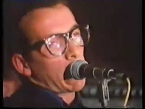 Elvis Costello - Watching The Detectives - 1977