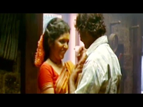 Mukta Barve | Love Making Scene | Jogwa (2009) Marathi Movie 3/6 thumbnail