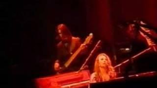 Tori Amos-Jan-17-03-London-19-Sweet Sangria