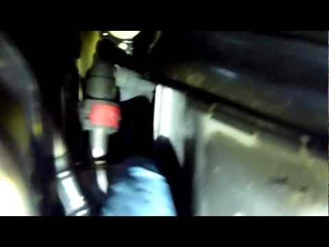 2012 Honda Civic Tire Pressure >> Clutch Slave Cylinder Bleeder Screw Location - 2008 Ford ...