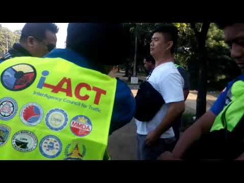 MMDA SOG Encounters Arrogant Police Man