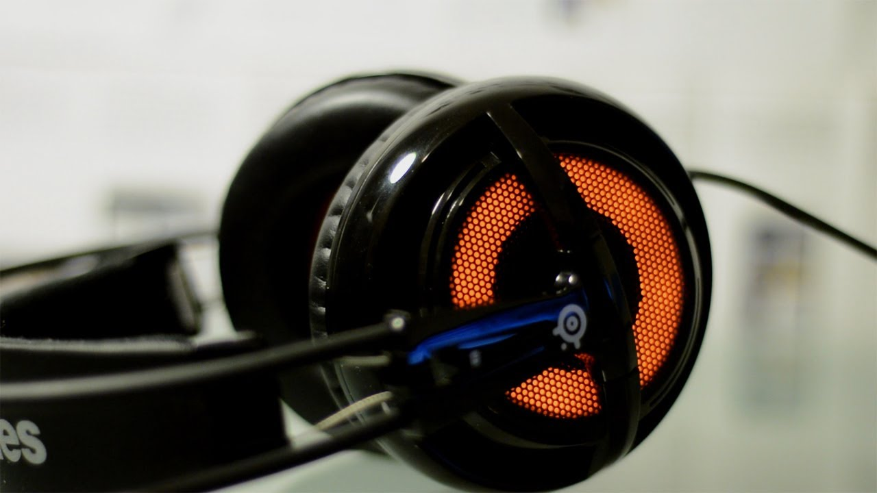 Steelseries siberia v2 full-size gaming headset with built-in usb.