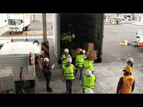 Moving an entire airport in 10 days -- Quito Airport by DHL
