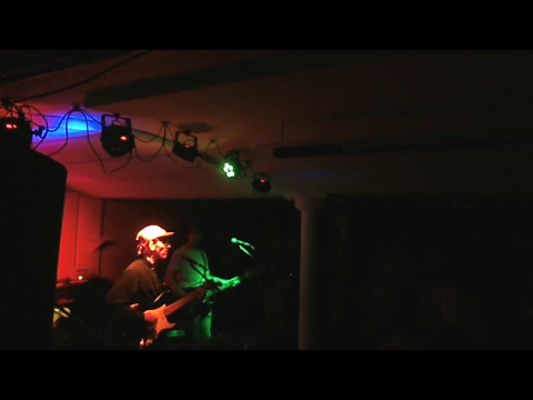 Willie J Healey live at Modern Art Oxford