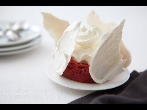 recette-saint-valentin-de-vacherin-glacé-au-cassis-et-au-génépi