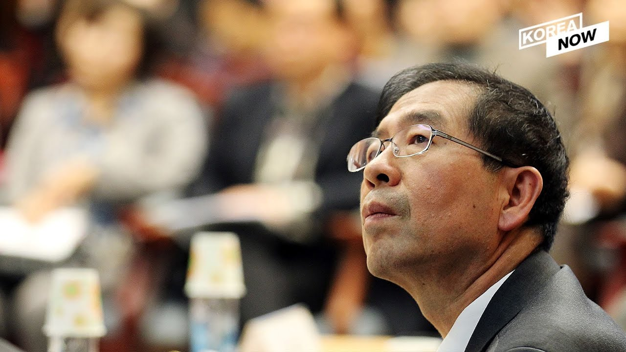 Who is Seoul Mayor Park Won-soon, a presidential hopeful, and why did he take his own life?