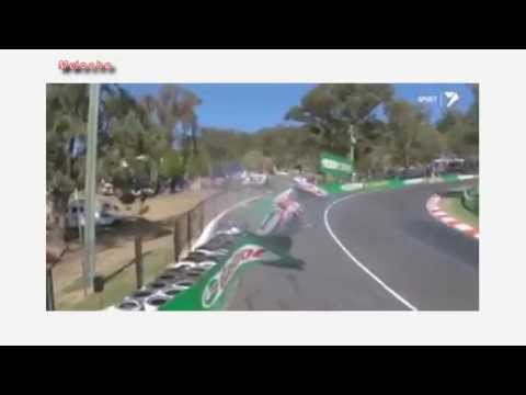 V8 Supercars Driver Warren Luff & Craig Lowndes Massive Crash