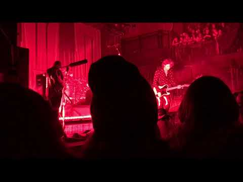 5 SECONDS OF SUMMER // VALENTINE (LIVE @ THE FILLMORE 4/10/18)