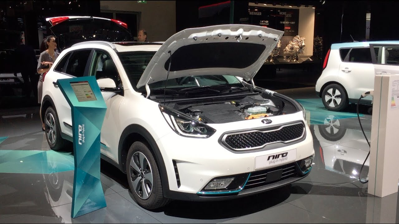 kia niro plug in hybrid 2017 in detail review walkaround. Black Bedroom Furniture Sets. Home Design Ideas