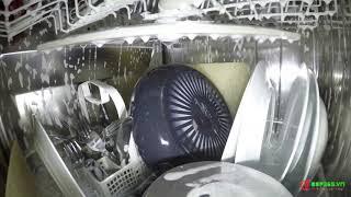 Đặt camera bên trong máy rửa bát Bosch SMS46MI05E Seri 4 khi đang hoạt động - Bếp 365