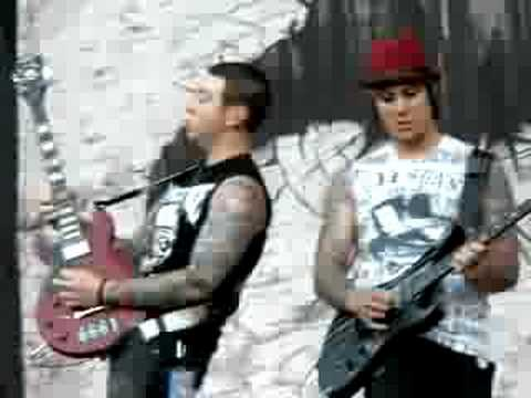 Bat Country solo by Zacky and Syn
