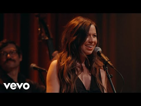 video:Joy Williams - Canary (Live)