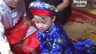 Em bé 5 tuổi hầu đồng rất dẻo - Âu Thị Thuận hầu giá quan lớn đệ Ngũ tuần tranh