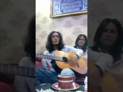 Free Download Thomas Arya - Gurauan Mengguris Hati Dan Ayu (akustik) Mp3 dan Mp4