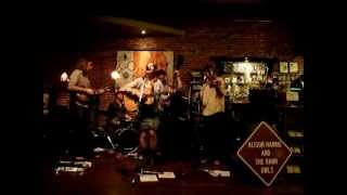 Alison Harris & The Barn Owls: Storm's Comin' In