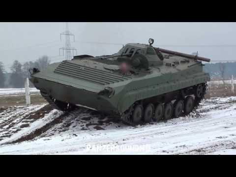 BMP OT 90   Schützenpanzer fahren im Schnee