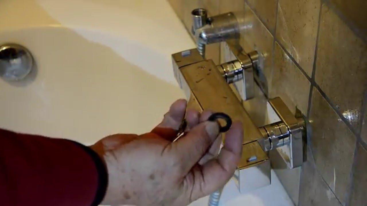 Inloopdouche Met Wastafelkraan : Saniclear matrix zwarte wastafelkraan met hoge uitloop draaibaar