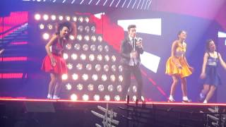 Video Luz, Cama y Acción - Violetta Live Sevilla 17.1.2015 download MP3, 3GP, MP4, WEBM, AVI, FLV November 2017
