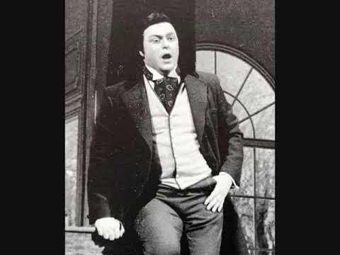 "Luciano Pavarotti sings ""Che Gelida Manina"" Live in Paris Salle Pleyel (3/3/1965)"
