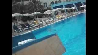 Шардж Гранд Отель, ОАЭ(Эмират Шарджа, Шардж Гранд Отель рекомендую. Хороший семейный отдых. Автор видео - Лариса Р., 2012-10-26T22:34:52.000Z)
