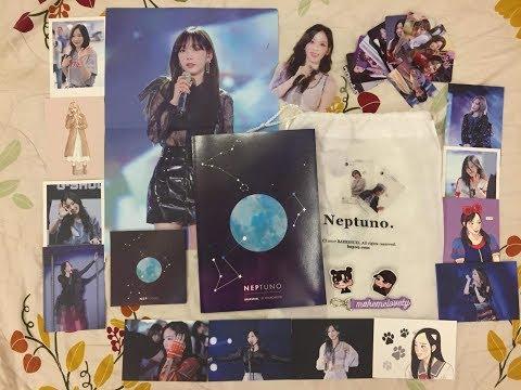 Unboxing - SNSD Taeyeon - BAEKSSUEL 1St photobook Neptuno