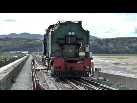 The Welsh Highland Railway - Caernarfon to Porthmadog