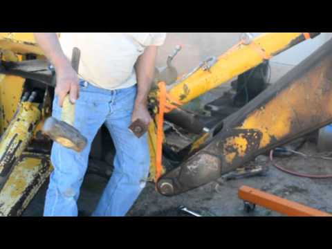 Removing The Hydraulic Cylinders From Back Hoe Youtube