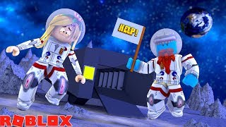 WELCOME TO SHARKY AND LITTLE KELLY PLANET !! Sharky roblox