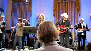 Alison Krauss-Whiskey Lullaby at the White House Country Music Reception
