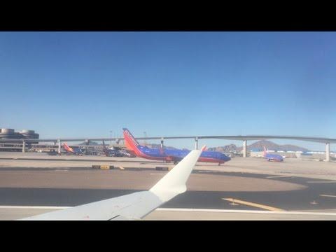 American Eagle CRJ-700 Pushback, Taxi, Takeoff Phoenix