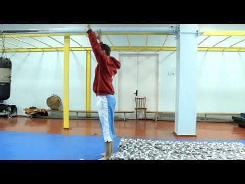 видео: Обучение сальто назад