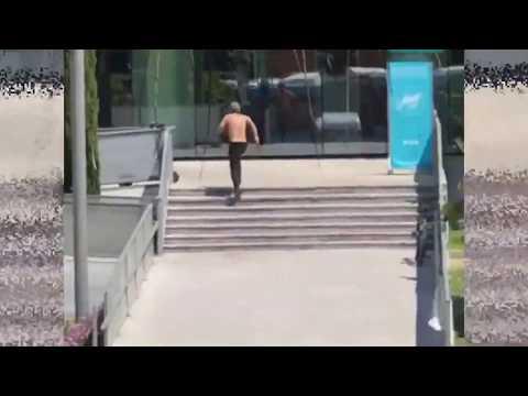 Sementa o pánico nun ximnasio de Málaga e acoitela cinco veces un home