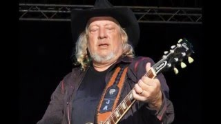 Watch John Anderson How Can I Be So Thirsty video