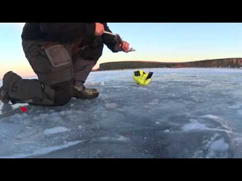 Ice Fishing 8 Dec 18  Lake Audubon ND