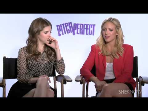 The Cast of Pitch Perfect Sings Their Favorite Songs for SheKnows - Celebrity Interview