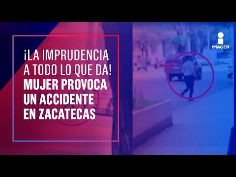 Mujer provoca un accidente por cruzar a media calle en Zacatecas | Noticias con Francisco Zea