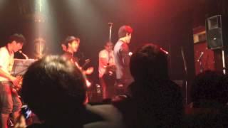 2013年11月に渋谷Vuenosにて行われた「めっちゃ踊りに来ませんか?」に...