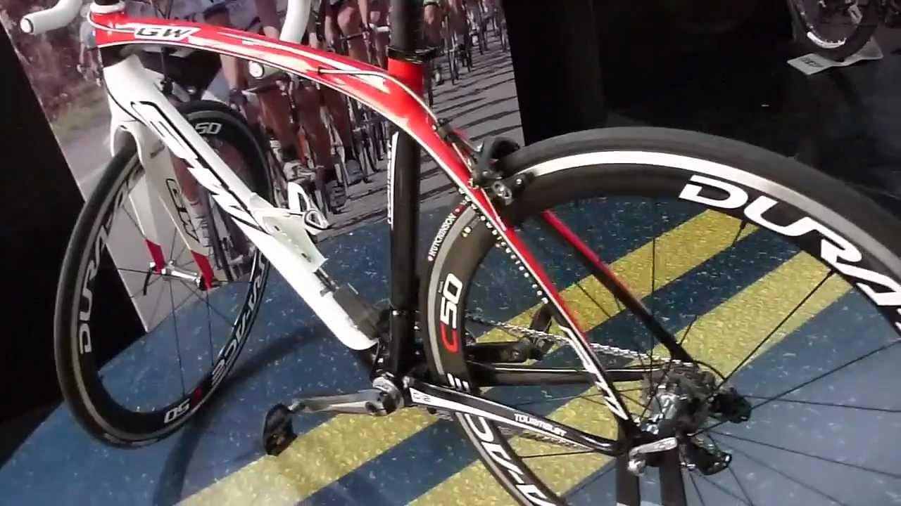 Bicicleta Profesional Gw Ruta Tourmalet Carbono Accesorios