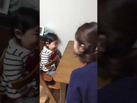 振る を 赤ちゃん 首